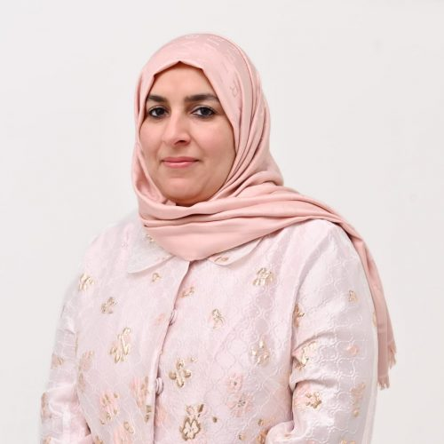 الدكتورة فاطمة عبدالله